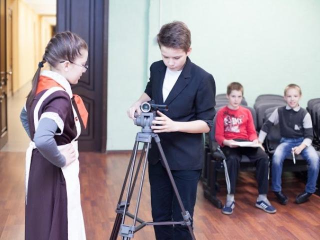 Мастер-класс в школе по созданию видео с использованием музейных экпонатов, декабрь 2014