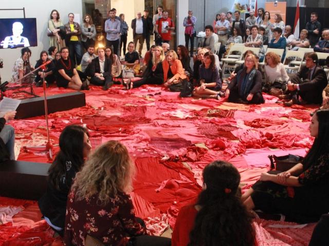 """Джимини Хигнетт и Патрисия Керзенхаут, """"Обращаться осторожно!"""", мастер-класс, Тирана, 2018"""